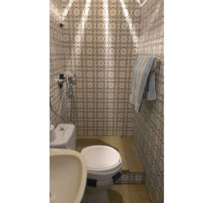 08 przed zmianą mała łazienka
